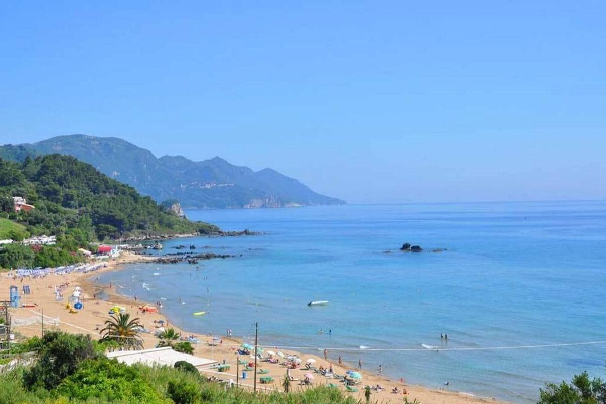 jimmys pelekas popular beaches corfu kontogialos beach 2