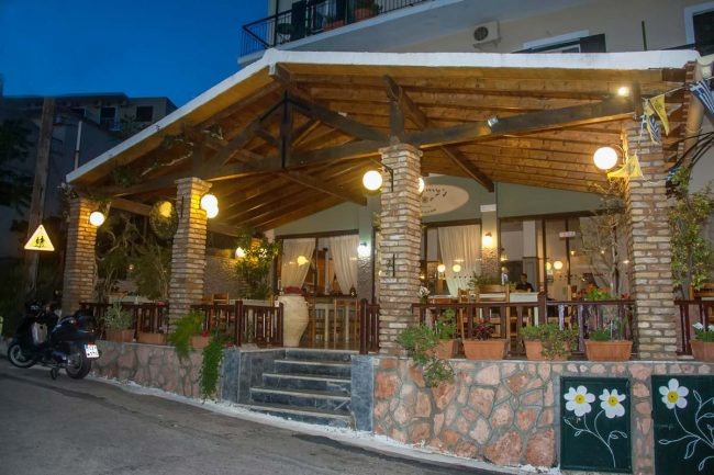 jimmys pension pelekas restaurant corfu 34